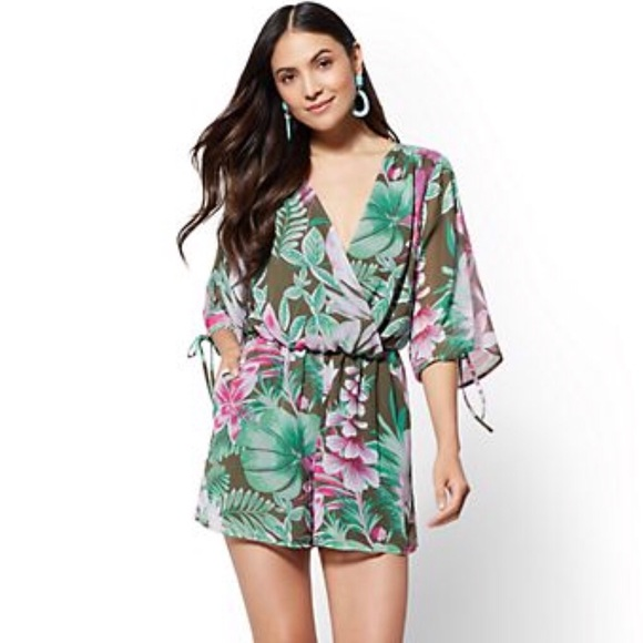bba2c3c97edc Tropical Kimono wrap romper 🌺🍍